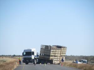 IMG 0033 - Ongeval op de weg door de Kalahari, Botswana