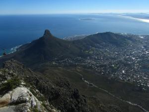 IMG 1399 - Signal Hill vanaf Tafelberg
